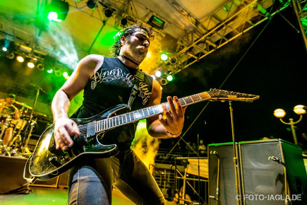 70000 Tons of Metal 2014 ::. Unearth