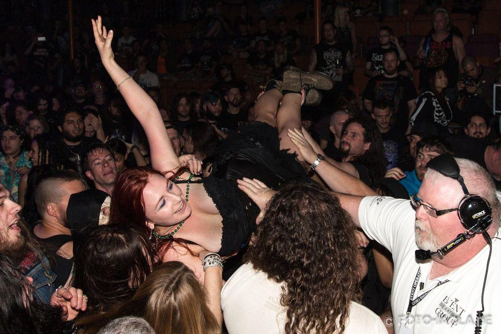 70000 Tons of Metal 2015 ::. Crowd @ Kataklysm