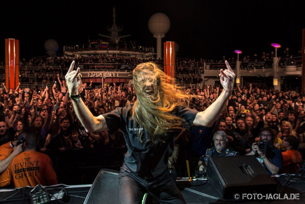 70000 Tons of Metal 2015 ::. The Skipper's Thank You - Andy Piller on Poodeck stage