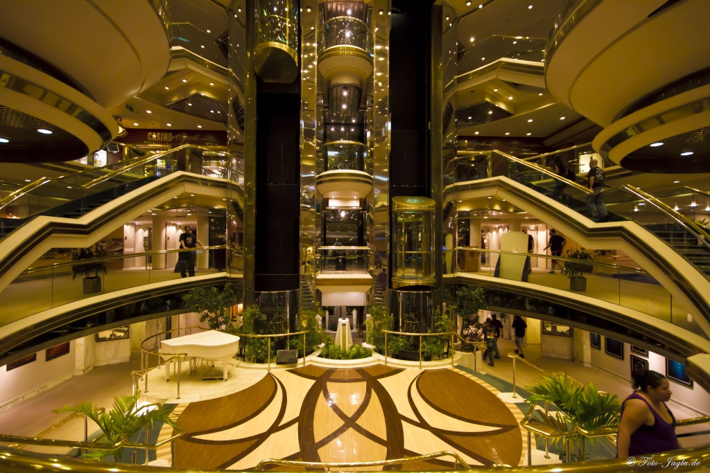70000 Tons of Metal 2012 ::. Miami, Florida ::. Lobby
