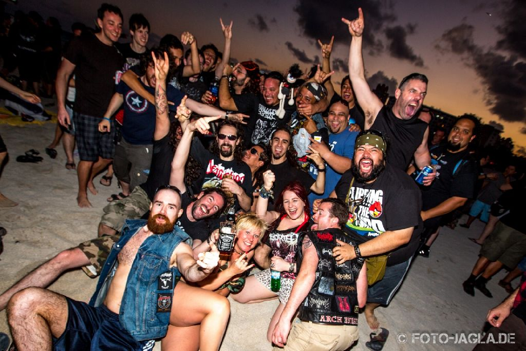 70000 Tons of Metal 2013 ::. Beachparty @ South Beach, Miami ::. http://www.foto-jagla.de