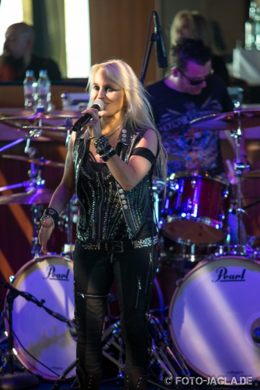 70000 Tons of Metal 2013 ::. Doro @ All-Star Jam::. http://www.foto-jagla.de