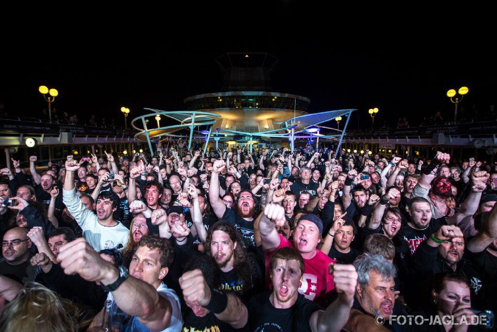 70000 Tons of Metal 2013 ::. Crowd @ Sabaton ::. http://www.foto-jagla.de