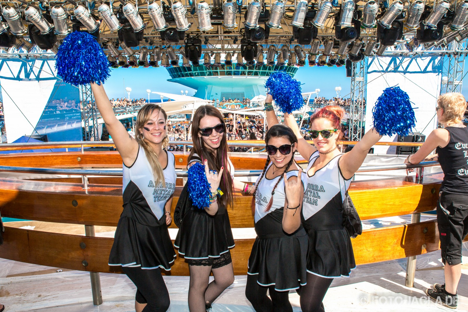 70000 Tons of Metal 2014 ::. Pooldeck impression
