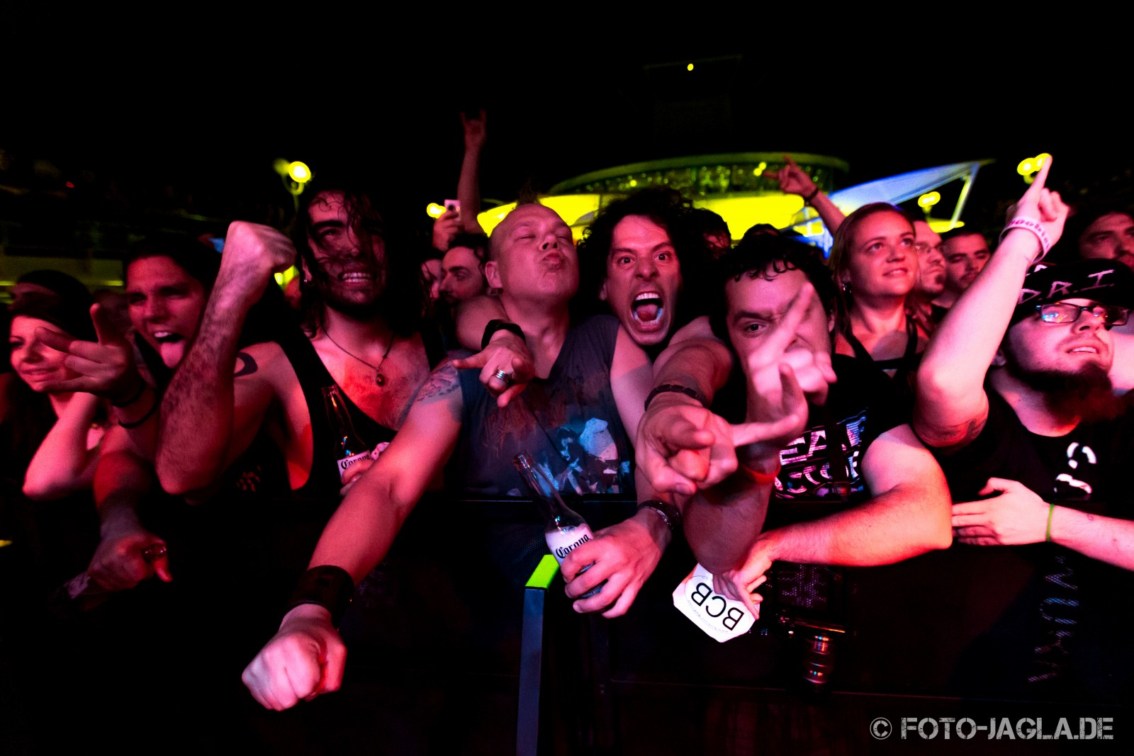70000 Tons of Metal 2014 ::. Crowd @ Fear Factory