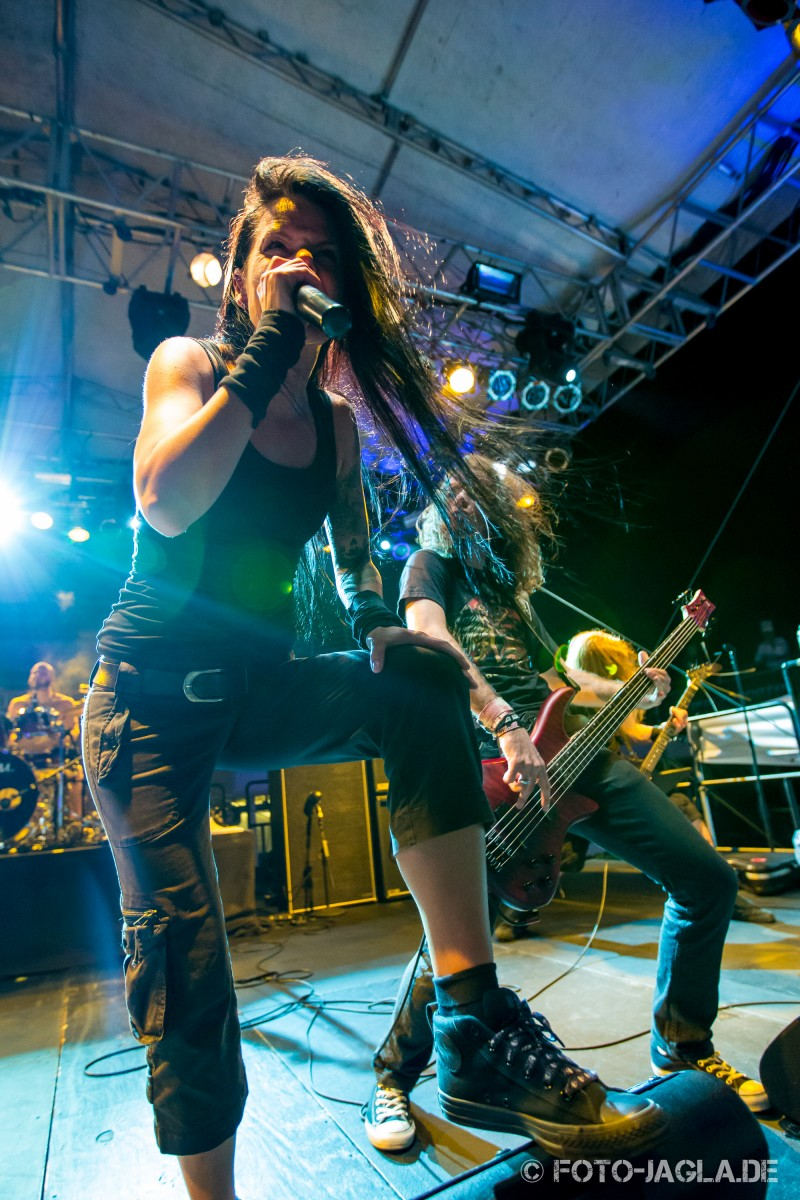 70000 Tons of Metal 2014 ::. Britta Görtz, Cripper