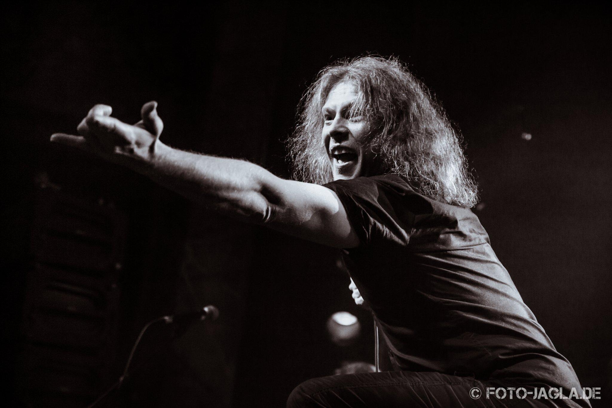 Omnium Gatherum als Vorband auf dem Ensiferum Konzert am 28.03.2015 im Tivoli in Bremen