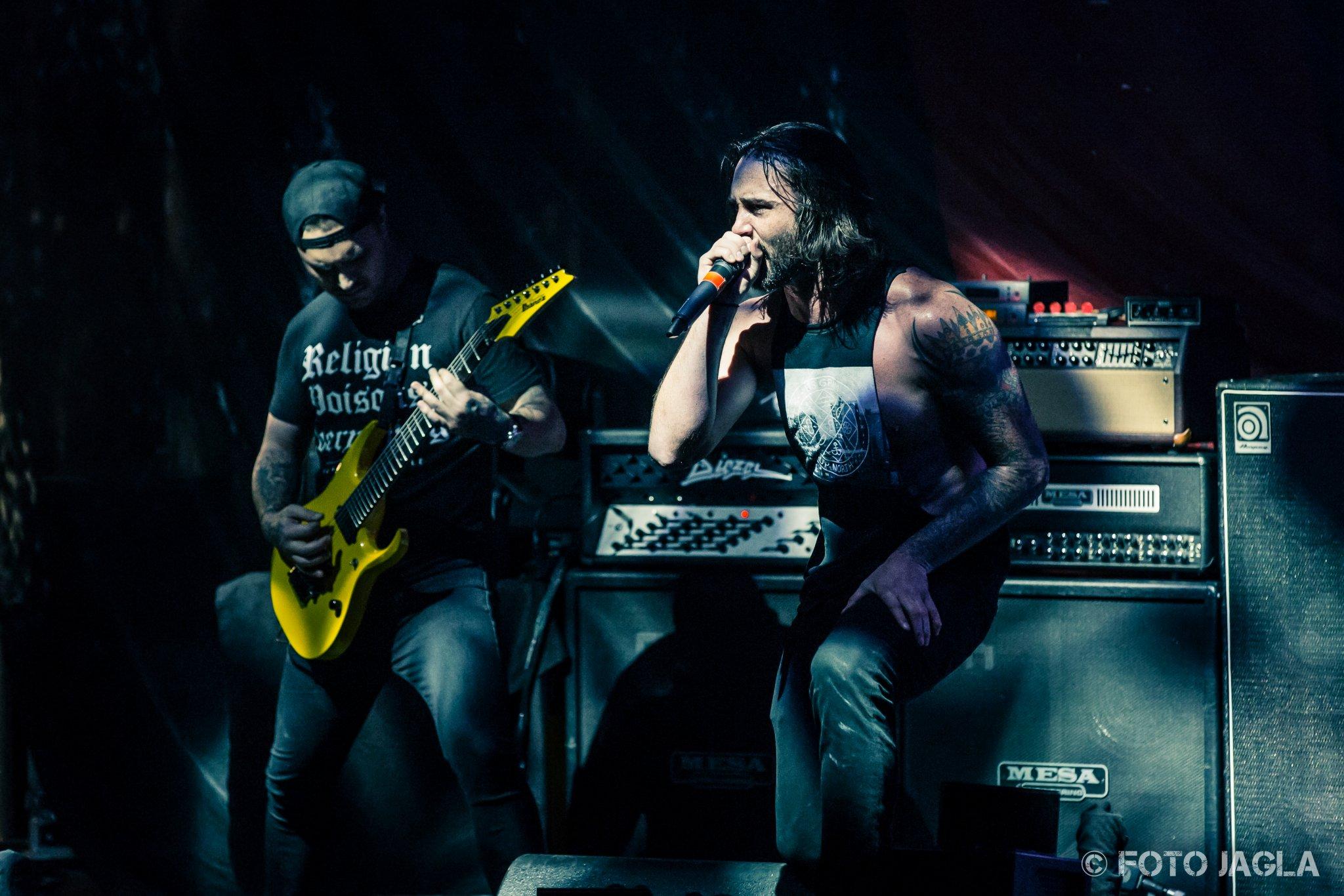 Thy Art Is Murder als Support Band auf der Parkway Drive Tour am 18.02.2016 in der Turbinenhalle Oberhausen