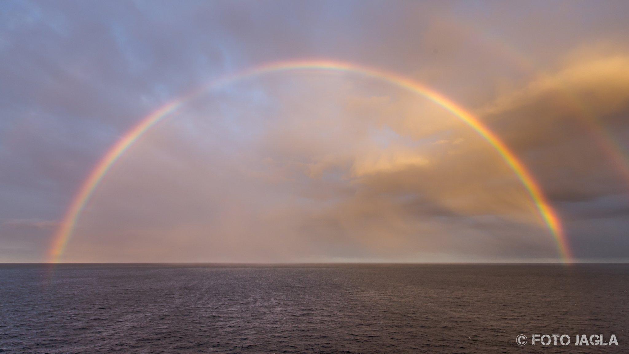 70000 Tons Of Metal 2017 Regenbogen beim Auslaufen des Hafens in Fort Lauderdale
