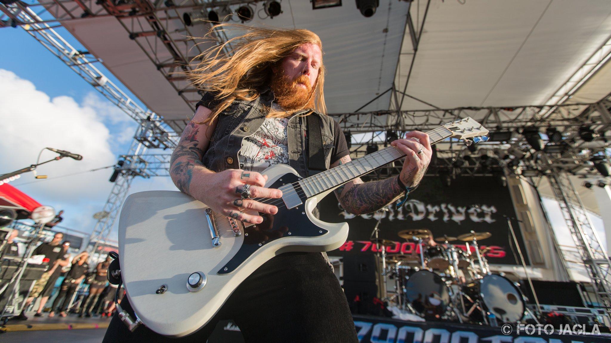 70000 Tons Of Metal 2017 Devil Driver auf der Pooldeck-Stage