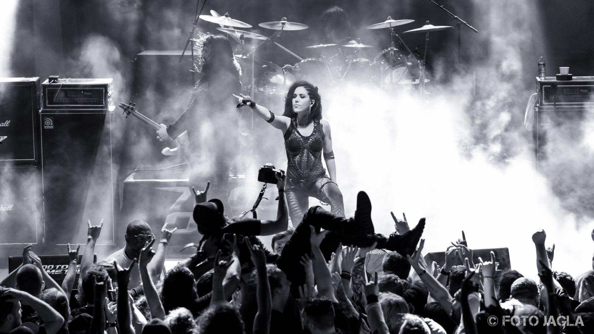 70000 Tons Of Metal 2017 Arch Enemy auf der Pooldeck-Stage