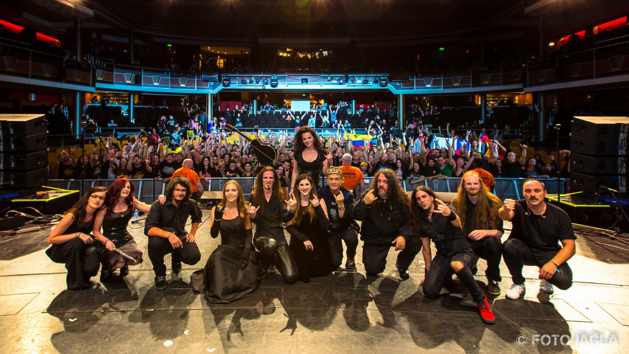 Abschlussfoto von HAGGARD auf dem 70000 Tons of Metal Festival 2017
