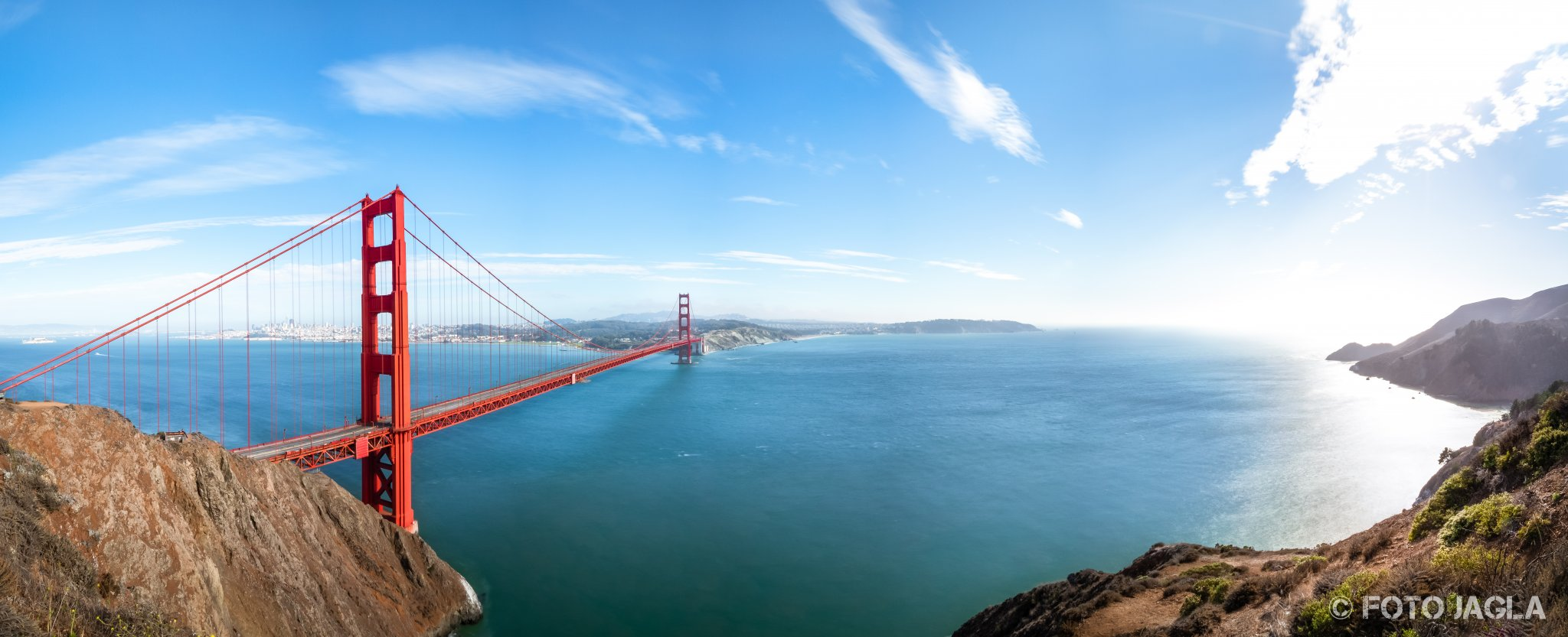 Kalifornien - September 2018 Golden Gate Bridge - Die Brücke über das goldene Tor San Francisco - Battery Spencer