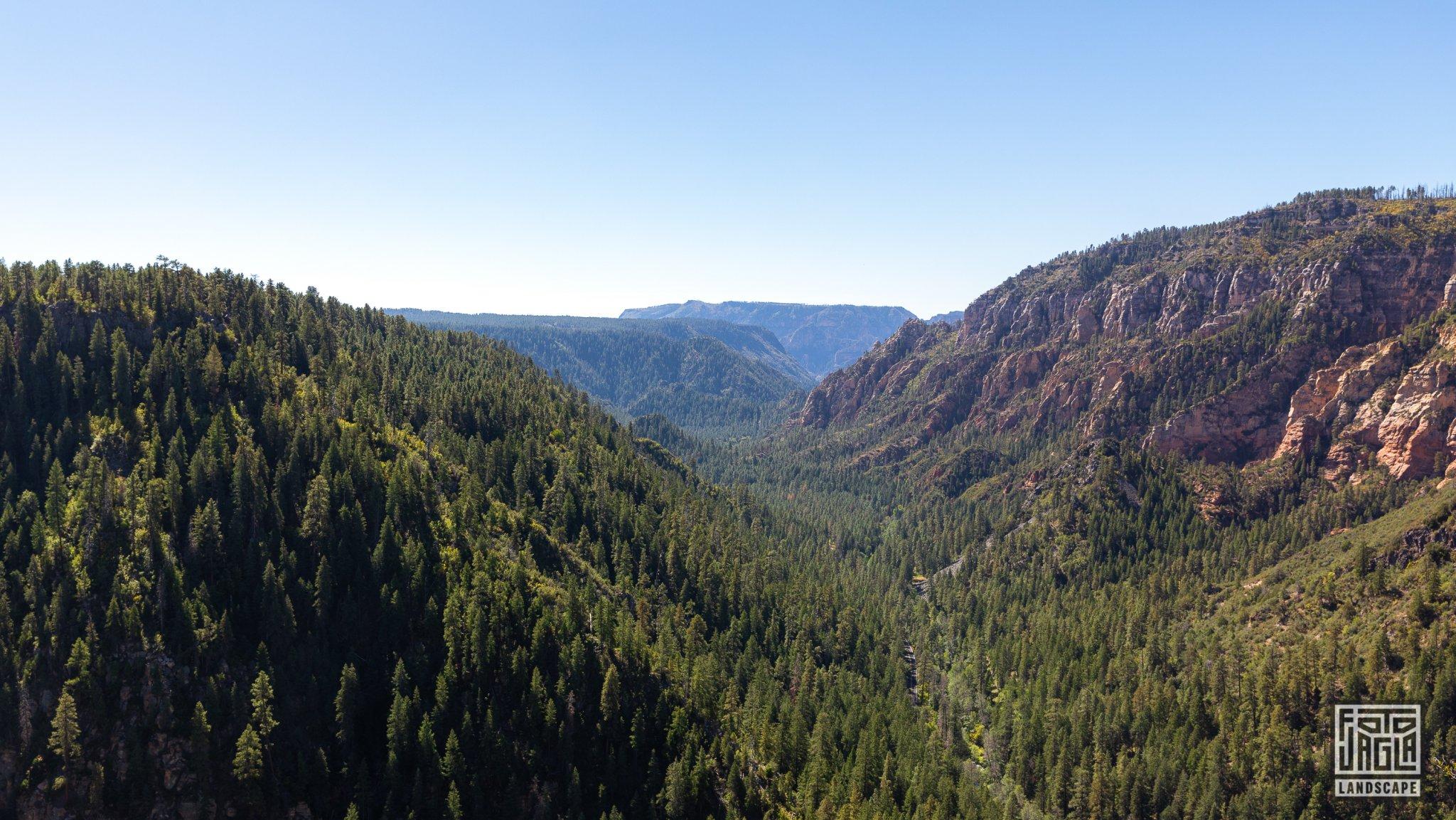 Oak Creek Vista Overlook in Sedona Arizona, USA 2019