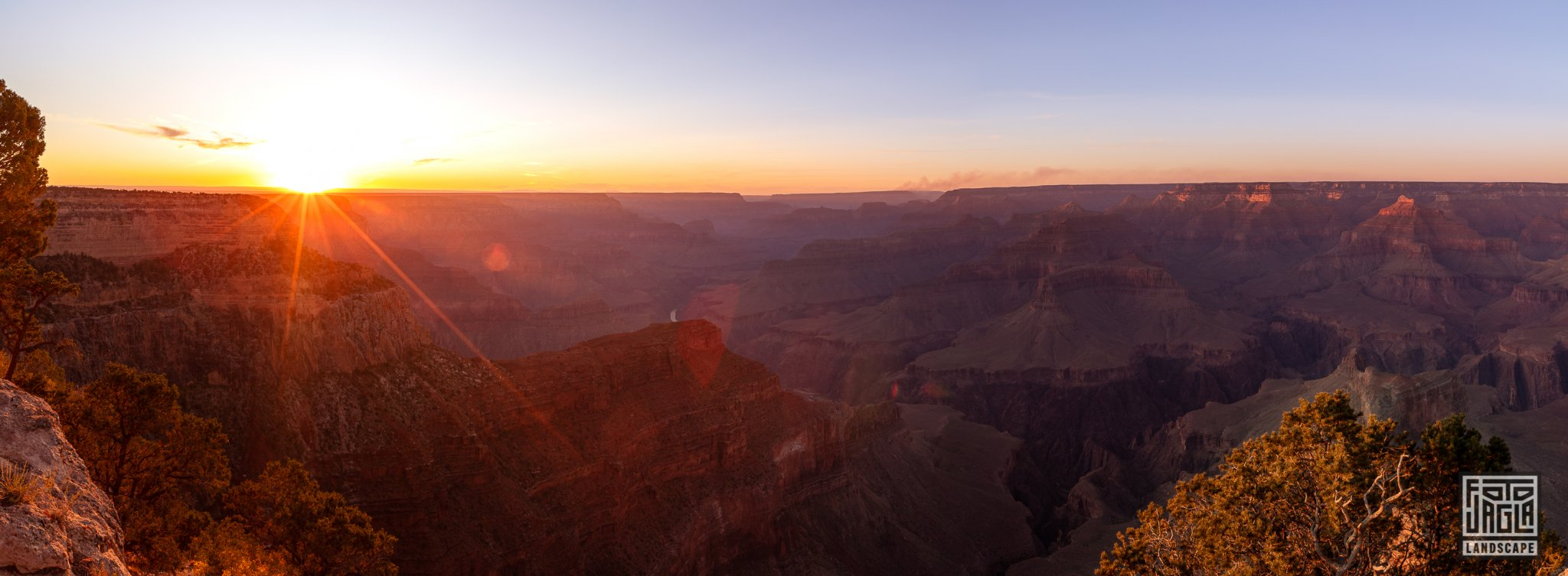 Sunset at Hopi Point in Grand Canyon Village