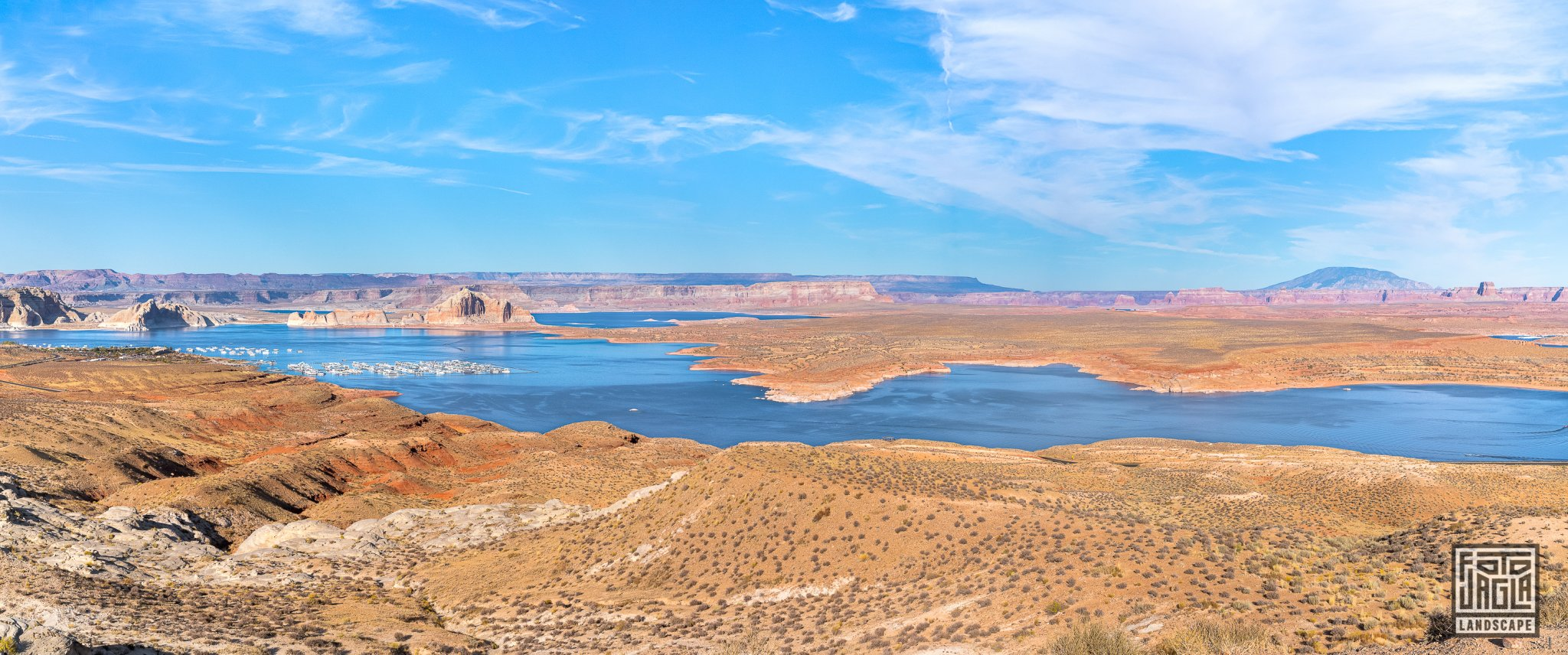 Wahweap Overlook over Lake Powell, Page Arizona, USA 2019