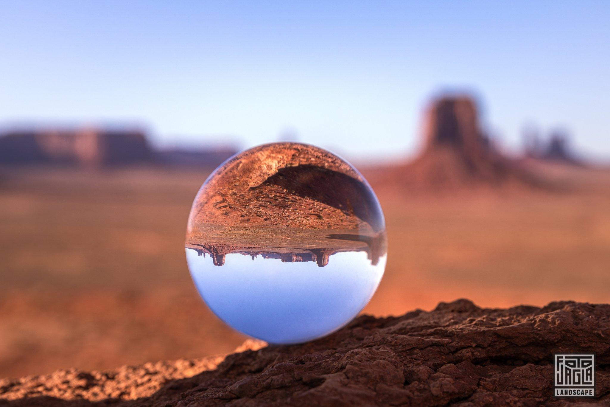 Monument Valley - View through a Lenseball
