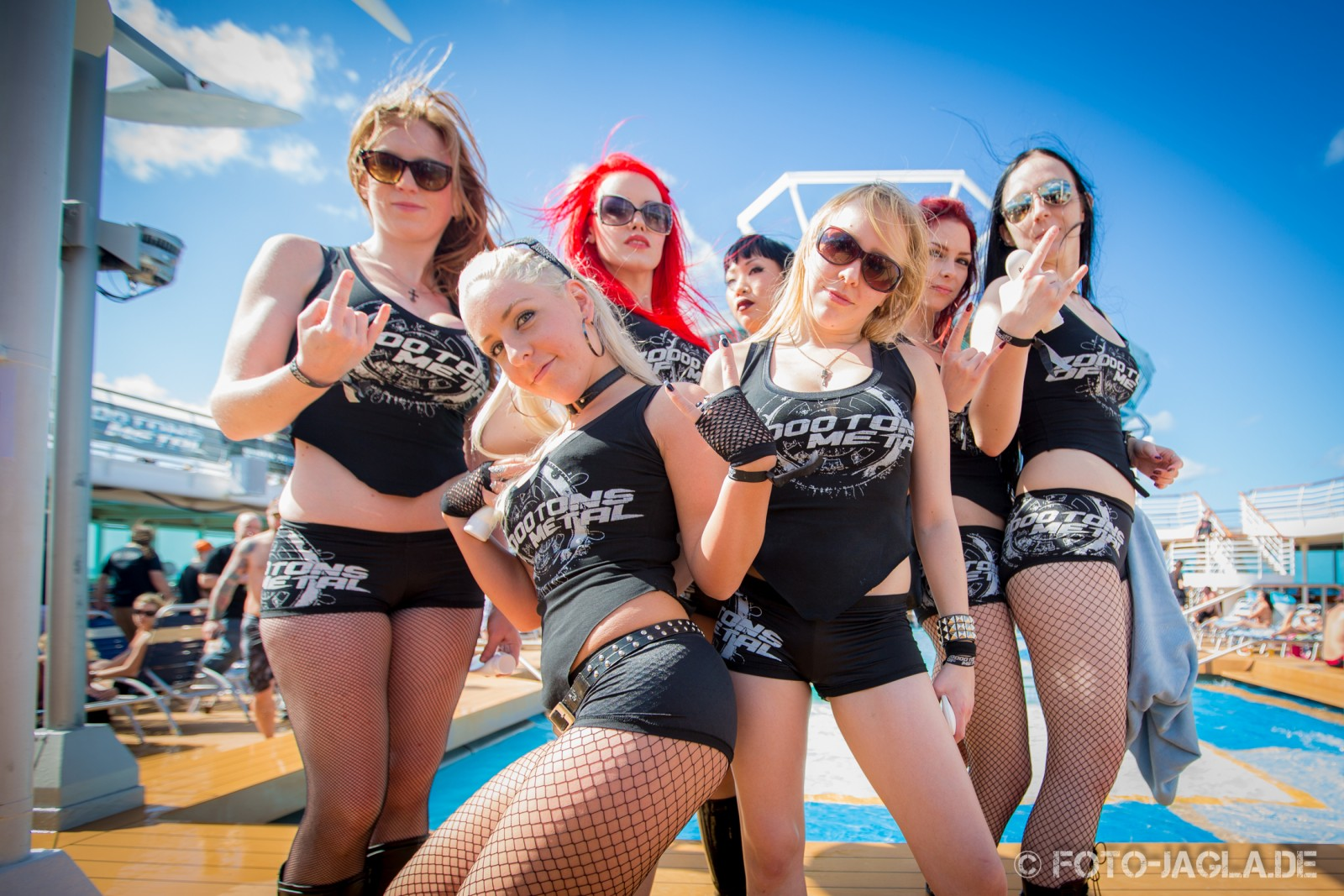 70000 Tons of Metal 2013 ::. Poolgirls ::. http://www.foto-jagla.de