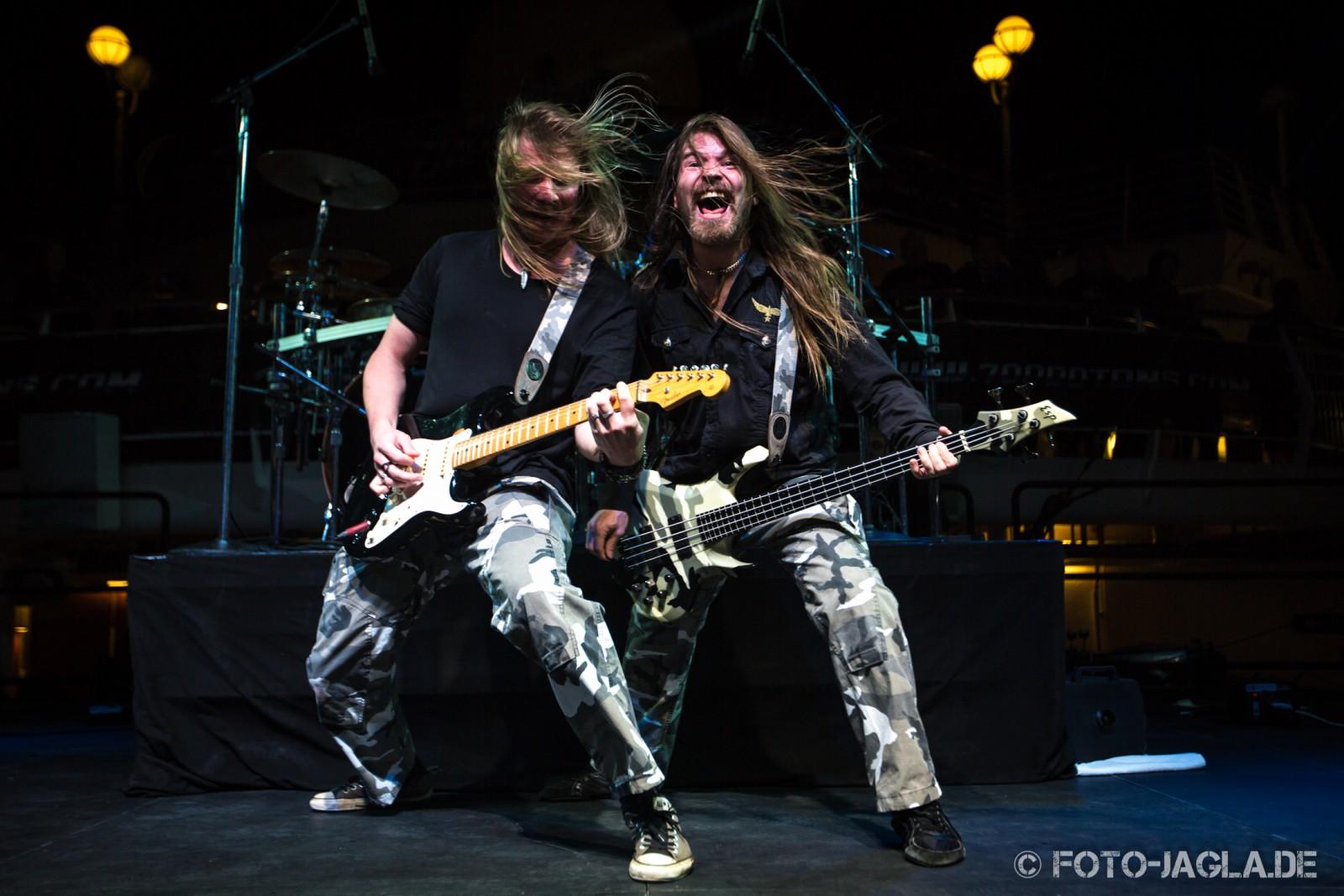 70000 Tons of Metal 2013 ::. Sabaton ::. http://www.foto-jagla.de