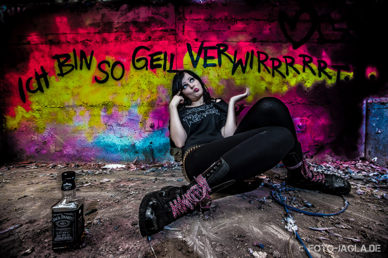 Lost Place Outdoor Shooting mit Frida