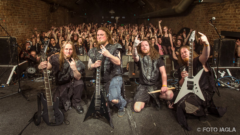 Orden Ogan Abschlussfoto in Bochum (Matrix) - The Book Of Ogan Tour 2016