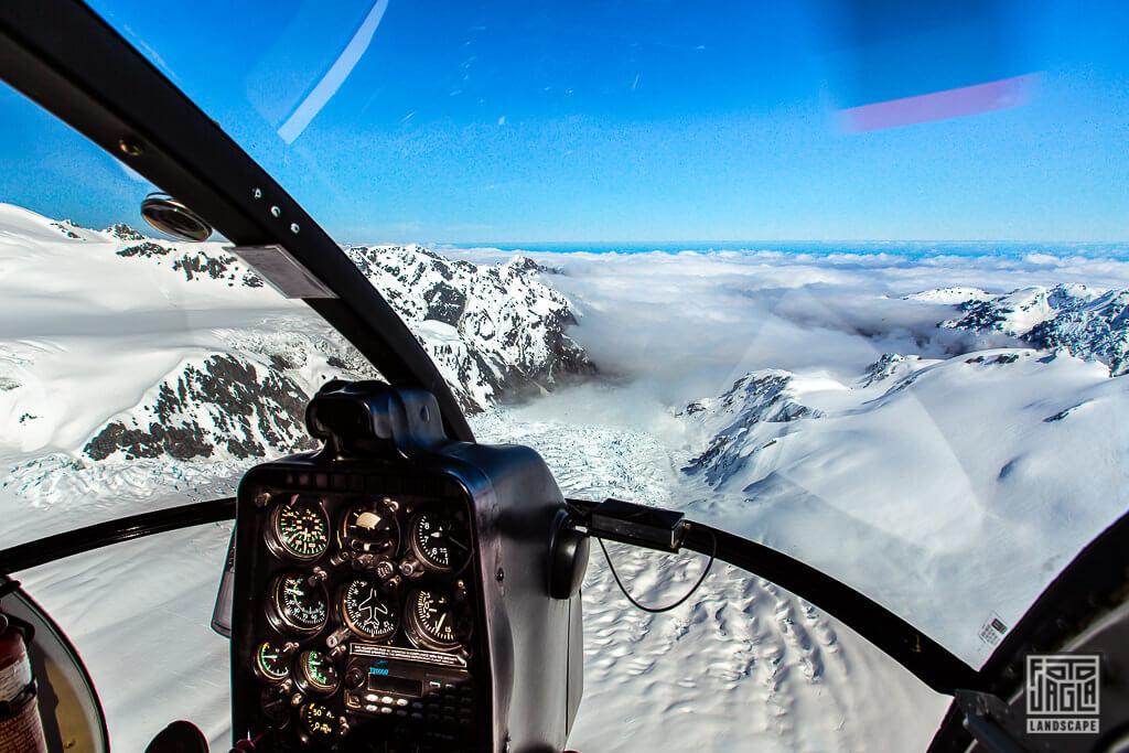Helikopter-Rundflug über das Gebirge des Franz-Josef-Glacier-und-Fox-Glacier in Neuseeland