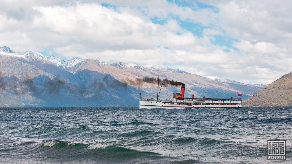 Die TSS Earnslaw auf dem Lake Wakatipu in Neuseeland