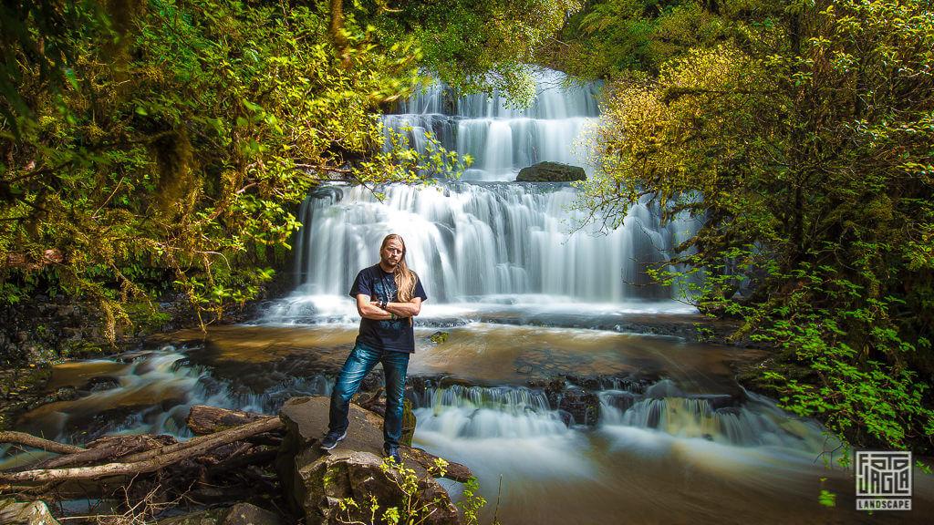 Parakaunua Falls Wasserfall im Catlins Forest Park in Neuseeland