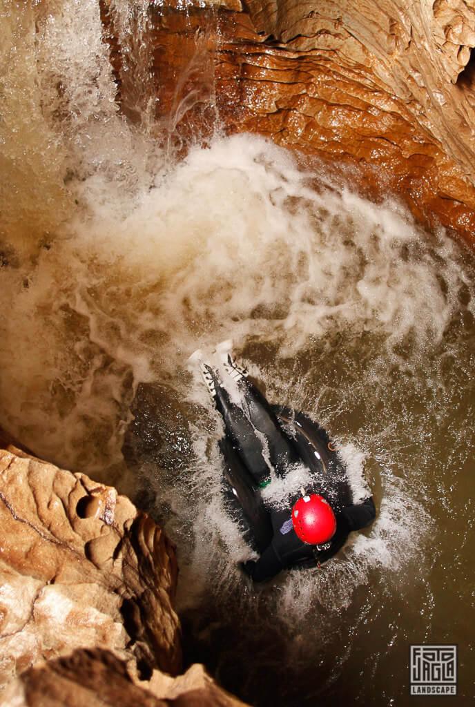 Neuseeland Waitomo Glühwürmchen Tour beim Black Water Rafting