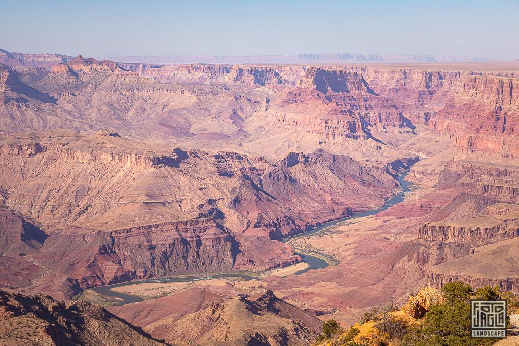 Aussicht vom Desert View Watchtower - Wachturm am South Rim im Grand Canyon Nationalpark in Arizona