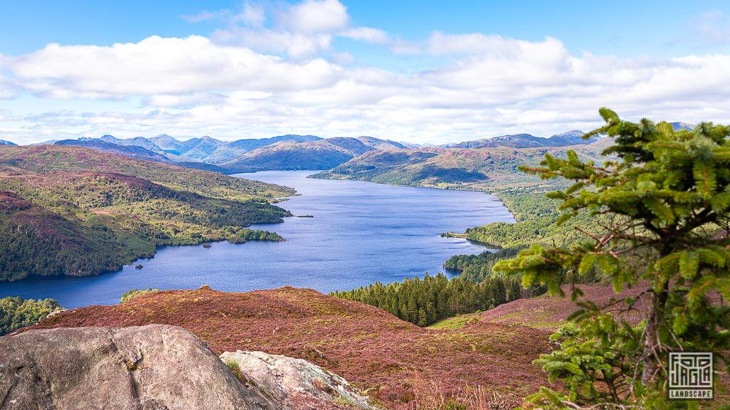 Ben A'an Berg im Loch Lomond und Trossachs Nationalpark mit Blick auf Loch Katrine in Schottland
