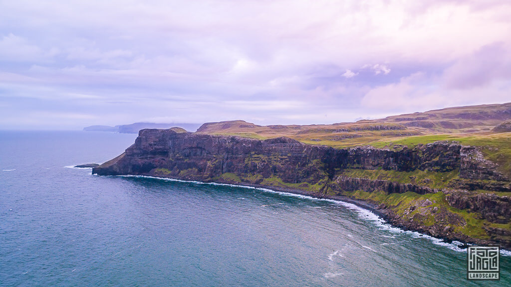 Talisker Bay auf der Isle of Skye in Schottland